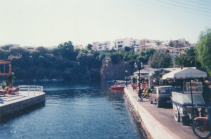 http://www.popmotors.com/media/img/gallery/Agios Nikolaios - haven 1.jpg